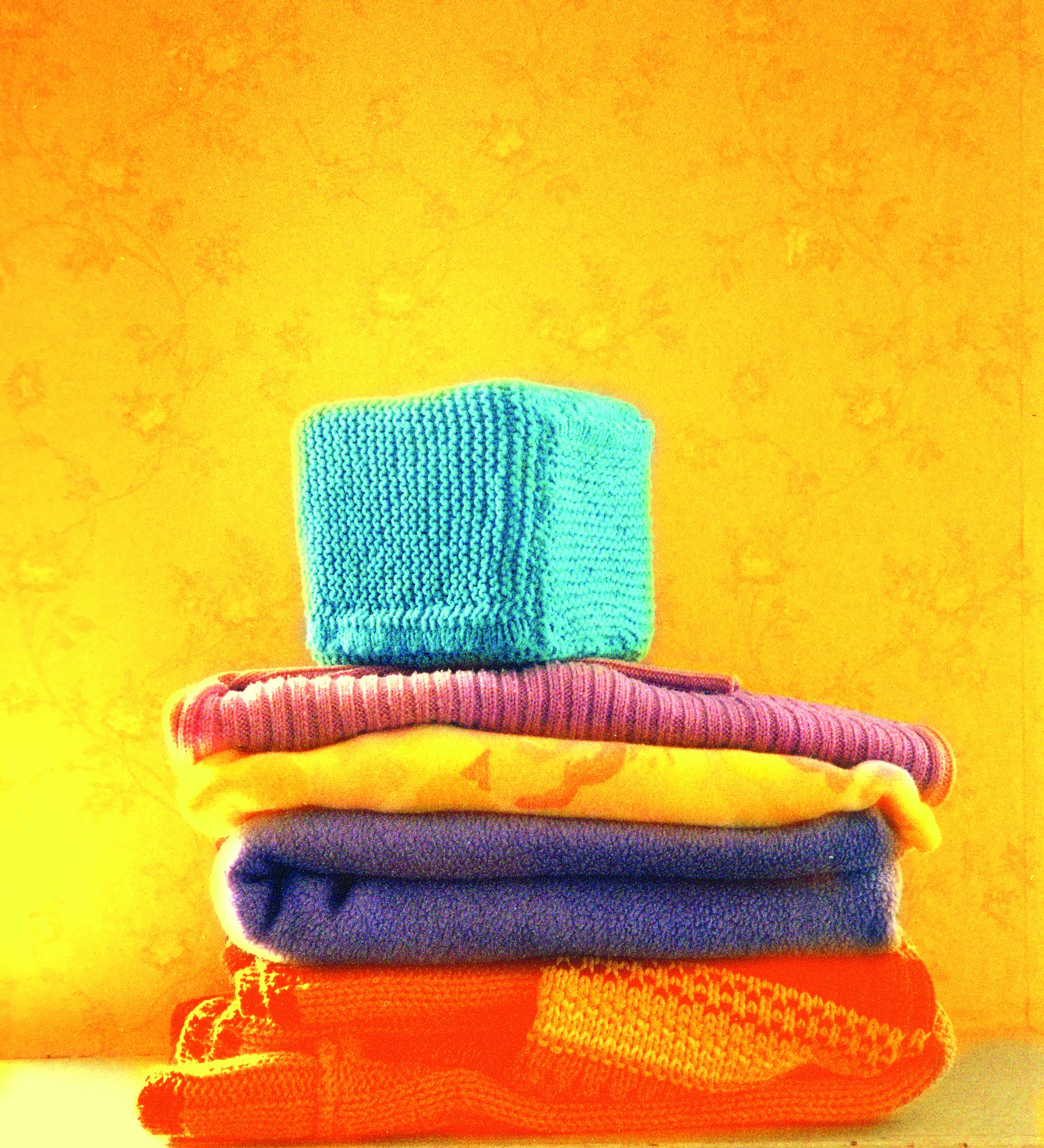 Kledingkast opruimen kubus van katoen, Keepingtouch, in contact blijven met mooie momenten. Make it yourself.