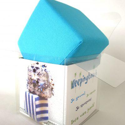 Turquoise kubus van katoen, droom-kubus, Keepingtouch, in contact blijven met mooie momenten