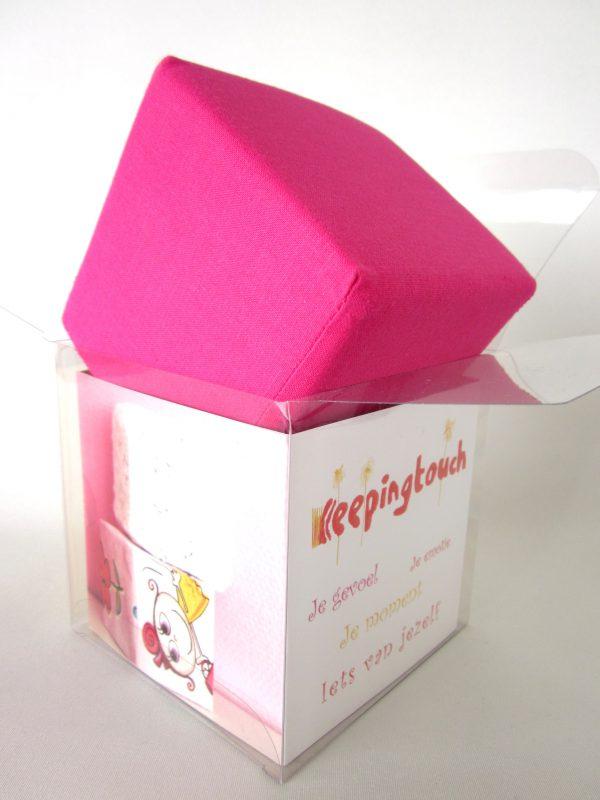 Kubus roze van katoen, roze kubus van katoen, kubus van katoen, herinneringen, zelf maken, persoonlijk cadeau, droom-kubus, Keepingtouch, in contact blijven met mooie momenten